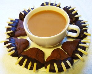 Bear-Claw-Cookies-on-a-plate-with-coffee